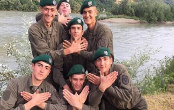 shqiptar-euml-t-e-ushtris-euml-s-euml-