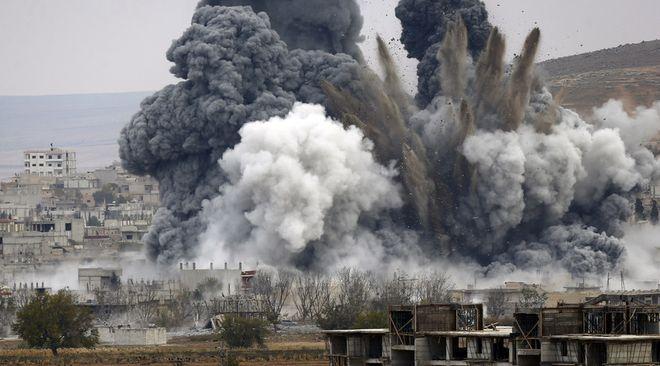 Η Τουρκία συνεχίζει να βομβαρδίζει τη Συρία